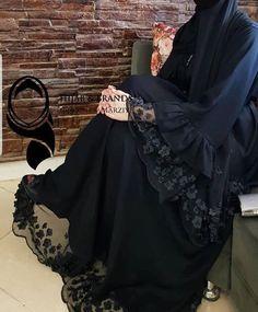Modest Fashion Hijab, Modern Hijab Fashion, Abaya Fashion, Fall Fashion Outfits, Muslim Fashion, Mode Abaya, Mode Hijab, Abaya Designs Latest, Estilo Abaya
