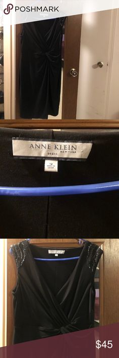 Anne Klein black dress NWOT Size12 gorgeous very slimming black dress never worn!! Purchased on vacation in NYC and never got a chance to wear it since I slimmed  down to a size 8 now Anne Klein Dresses Midi