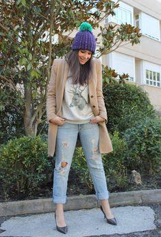 @roressclothes closet ideas #women fashion outfit #clothing style apparel Fashionable Winter Outfit Idea with A Hat