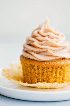 The BEST EVER pumpkin cupcakes with a delicious and easy cinnamon cream cheese frosting. These are sure to be a hit wherever you serve them!