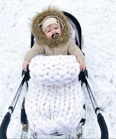 Baby blanket merino wool giant Merino Wool Blanket, Kids Fashion, Baby Boy, Dads, Super Cute, Children, Blog, Fabric, Peach