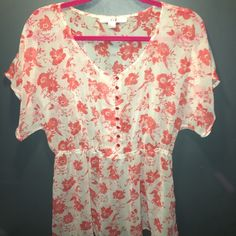 Fluttery Dressy Top Size Large Brand new Tops Blouses