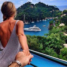 Viajar a su lado es lo más hermoso del paisaje.
