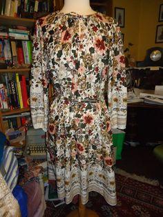 Vintage 1970's Autumn Floral Dress by RabbitsRun on Etsy