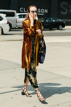 Street style at New York Fashion Week spring 2018 - September 2017