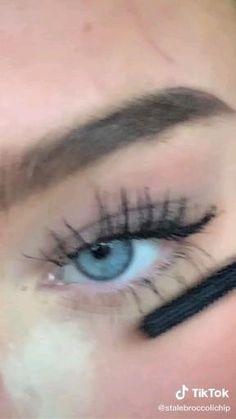 Edgy Makeup, Makeup Eye Looks, Grunge Makeup, Cute Makeup, Pretty Makeup, Skin Makeup, Doll Eye Makeup, Casual Makeup, Glamour Makeup