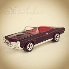"'67 Pontiac GTO Convertible - 2016 Hot Wheels ""Garage"" #hotwheels / #diecast / #toys / #Pontiac / #hwp2016gar"