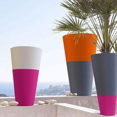 Cement Flower Pots, Indoor Flower Pots, Concrete Planters, Flower Planters, Vase Crafts, Concrete Crafts, Painted Plant Pots, Mosaic Pots, Plant Decor
