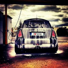 A sudsy girl. #mini