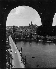 © Vilém Heckel. Prague of yesteryear. Courtesy of Vilém Heckel Archive