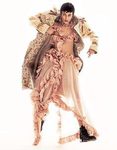 Grazia Italy March 2018 Aliz Menyhert by Xavi Gordo - Fashion Editorials Punk Fashion, White Fashion, Couture Fashion, Fashion Poses, Fashion Outfits, Fashion Editorials, Fashion Tips, Full Body Suit, Spring