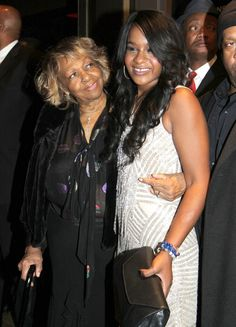 Cissy Houston Heads to Hospital For Final Farewell to Bobbi Kristina Brown Whitney Houston, Cissy Houston, Bobbi Kristina Brown, African American Women, American Art, American History, Thing 1, Famous Women, Famous People