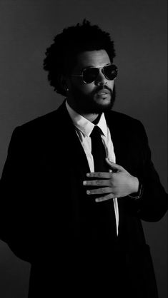 Starboy The Weeknd, The Weeknd Poster, Black And White Instagram, Abel Makkonen, Abel The Weeknd, Beauty Behind The Madness, Black And White Aesthetic, Mood Songs, After Hours