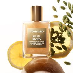 TOM FORD Soleil Blanc Shimmering Body Oil: Bergamot, Cardamom Oil Orpur, Pistachio Accord, Ylang Ylang Comores Islands, Benzoin Extract Orpur, Coco De Mer Accord