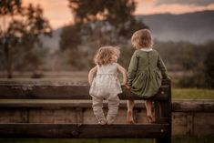 CHILDREN – Amber Williams Photography Amber, Wedding Photography, Victoria, Couple Photos, Couples, Children, Wedding Shot, Couple Pics, Kids