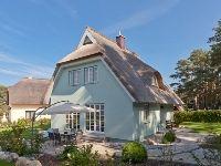 Elegantes 5 Sterne-Ferienhaus für 6 Personen mit Sauna und Kamin in Stubbenfelde an der Ostsee.