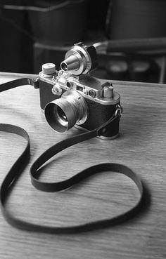 marcherren: …more camera porn: Leica IIIa, Summaron 35/3.5 & VIOOH finder shot with Leica II, Elmar 50/3.5 & NOOKY on TriX