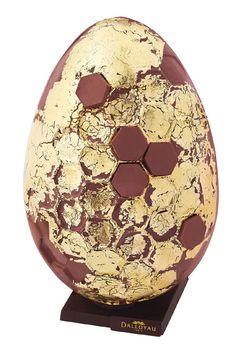 Les meilleurs oeufs en chocolat de Pâques 2013 http://www.vogue.fr/culture/le-guide-du-week-end/diaporama/les-meilleurs-oeufs-de-paques-2013/12463/image/740961#!17