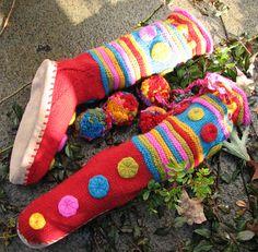 Hand-made Knit Crochet Ponchos Shawls Wedding Bridal boleros shrugs cowls gloves hats, baby knits, knit fashion Knitting Patterns Free, Knit Patterns, Free Knitting, Baby Knitting, Free Pattern, Knitted Slippers, Slipper Socks, Felt Boots, Knitting Magazine