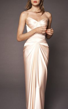 Beautiful Gowns, Beautiful Outfits, Evening Dresses, Formal Dresses, Wedding Dresses, Club Dresses, Bridesmaid Gowns, Summer Dresses, Robes Glamour