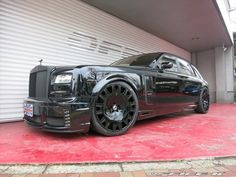 This is a Wald Black Bison Rolls-Royce Phantom Series II by Office-K, it also features a few Mansory parts, see more details here. Rolls Royce Wraith, Rolls Royce Phantom, Rolls Royce Motor Cars, High End Cars, Automobile Industry, Latest Cars, Luxury Lifestyle, Luxury Cars, Dream Cars