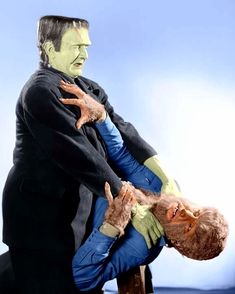Bela Lugosi-Frankenstein Meets the Wolfman Monster Horror Movies, Classic Monster Movies, Horror Monsters, Classic Horror Movies, Classic Monsters, Lon Chaney Jr, Cool Monsters, Famous Monsters, Sci Fi Horror