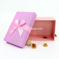 Cute Gift Box custom paper packaging box toy box printing with ribbon