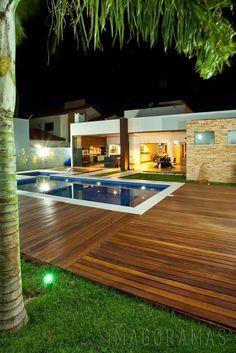 15 Above-Ground and In-Ground Pool Deck Ideas House, Villa Style, Modern House Design, Patio Design, Luxury Pools Backyard, House Designs Exterior, Outdoor Bar Sets, Home Design Plans, Building A Pool