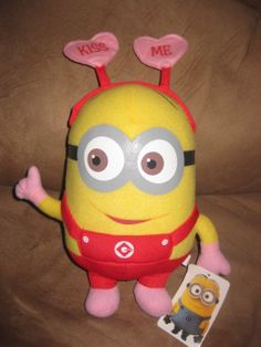 "DESPICABLE ME 2 VALENTINE'S DAY MINION KISS ME New Plush w/ Tags 12"" Sugar Loaf"