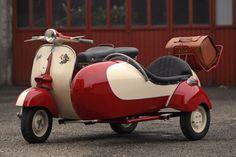 1958 VESPA VNA 1T 125 cm3 AVEC SIDE CAR