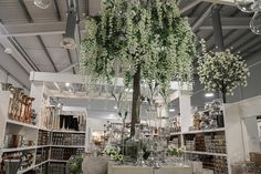 A floral display at the New Covent Garden Market, April New Covent Garden Market, New Market, Flower Market, New Chapter, Love Flowers, Display, Marketing, Lifestyle, Holiday Decor