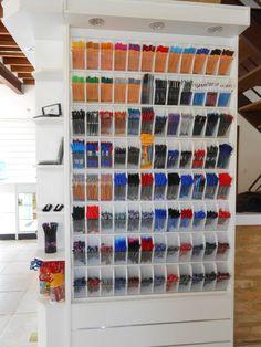 Resultado de imagem para expositores papelaria Stationery Store, Store Design, Getting Organized, Photo Wall, Organization, Cool Stuff, House, Display Ideas, Home Decor