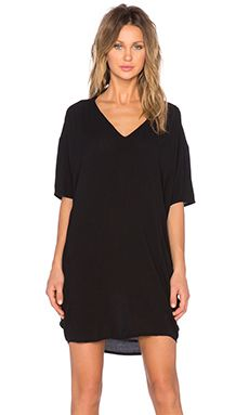 89e05b4aa9 Bella Luxx Oversized V Neck Dress in Black V Neck Dress