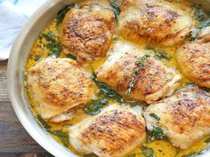 Lemon Butter Chicken: easy crisp-tender chicken with the creamiest lemon butter sauce.: Lemon Butter Chicken: easy crisp-tender chicken with the creamiest lemon butter sauce. Low Carb Recipes, Cooking Recipes, Healthy Recipes, Cooking Ideas, Damn Delicious Recipes, Food Ideas, Banting Recipes, Skinny Recipes, Kitchen Recipes