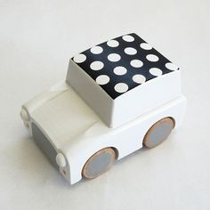 Kukkia - Kiko+ Kuruma wooden toy car in white dots