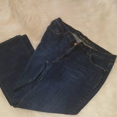 Dark denim jeans Dark denim jeans from Old Navy size 14 short stretch. Have more love to give.   NO TRADES.  The sweetheart jeans from Old Navy. Old Navy Jeans Boot Cut