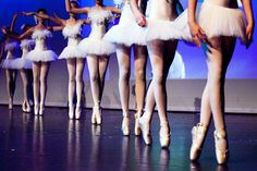 Klassiek ballet voor kids bij Kunstencentrum Venlo - Learn to dance at BalletForAdults.com!