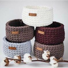 Crochet Basket Pattern, Knit Basket, Crochet Home Decor, Diy Crochet, Loom Knitting, Baby Knitting, Knitting Projects, Crochet Projects, Crochet Storage