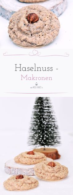 Schnell noch was für den Plätzchenteller: Haselnuss-Makronen For this year the Christmas bakery is opened 🙂 On my Christmas plate: delicious hazelnut macaroons. If there was not this problem … # nut macaroons # hazelnut macaroons # macaroons Macaroons Christmas, Christmas Desserts, Cupcake Recipes, Cookie Recipes, Dessert Recipes, Macaron, Everyday Food, Cookies Et Biscuits, Food Cakes