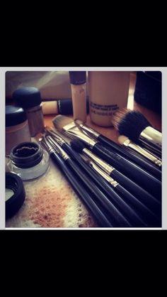 Zauberhafte Schminktipps für das perfekte Make-Up – Halloween Make up Ideen – … Magical make-up tips for the perfect make-up – Halloween Make Up Ideas [. All Things Beauty, Beauty Make Up, Makeup Tools, Makeup Brushes, Mac Brushes, Beauty Brushes, Beauty Secrets, Beauty Hacks, Beauty Tips