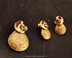 Gold Pendant Collections from Karpagam Jewellers, Gold Pendant Designs from Karpagam Jewellers