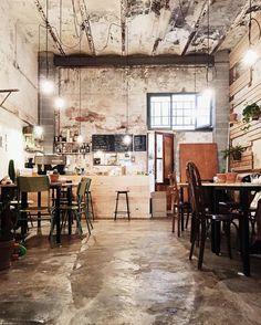 coffee house 51 Craziest Coffee Shop Ideas That Most Inspiring Cafe Interior Design, Cafe Design, House Design, Industrial Coffee Shop, Industrial House, Industrial Restaurant Design, Rustic Coffee Shop, Deco Restaurant, Luxury Restaurant