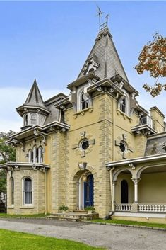 CLICK PIC FOR MORE PHOTOS OF THIS 1860 Squire House For Sale In Ossining New York