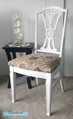 A dingy old dining chair gets a fresh, white farmhouse makeover with Deco Art chalky paint, Wise Owl black wax, and printed burlap fabric. Diy Furniture Projects, Furniture Makeover, Diy Projects, Sillas Chippendale, Printing On Burlap, Printed Burlap, Farmhouse Style, White Farmhouse, Farmhouse Chairs