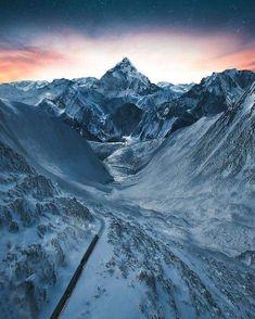Luxury travel through the Swiss Alps.. Photography: @annabelschwarz