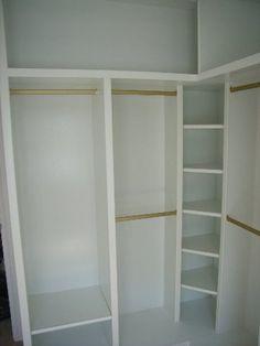 Corner wardrobe in bedroom room Bedroom Closet Design, Master Bedroom Closet, Bedroom Wardrobe, Closet Designs, Interior Design Living Room, Bedroom Corner, Modern Closet Doors, Closet Conversion, Basement Closet