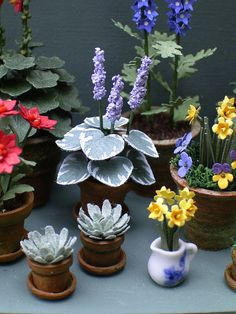 Hey, I found this really awesome Etsy listing at https://www.etsy.com/listing/164521927/124th-hosta-paper-flower-kit-for-12