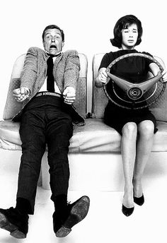 Dick Van Dyke and Mary Tyler Moore make an awesome pair. So hilarious!!!! :)