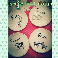 Kinderbordjes met naam #DIY #creatief #creative #porcelainpainting #porseleinverf #madebyme #creativitess