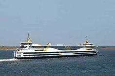 De veerboot naar Texel is de eerste in Europa die op schone brandstof gaat varen. Vanaf volgend jaar maakt het schip de Texelstroom dagelijks vele malen de overtocht van Den Helder naar het Waddeneiland en weer terug.